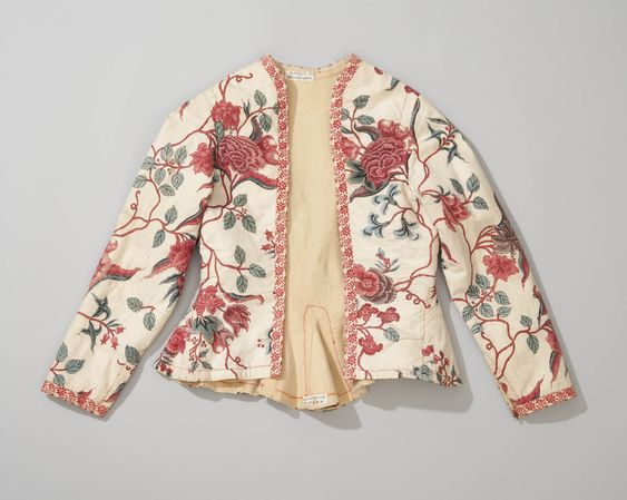 Kassekein, a short jacket from Hindeloopen, the Netherlands, this costume was worn from 1700 to 1850. Made by hand from Indian sits.