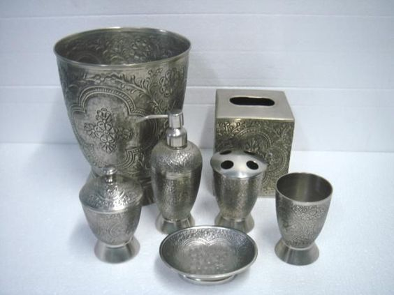 Bathroom accessories bathroom accessories bathroom for Silver bathroom set
