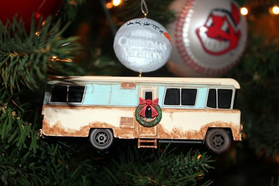 2009 hallmark christmas vacation ornament cousin eddies