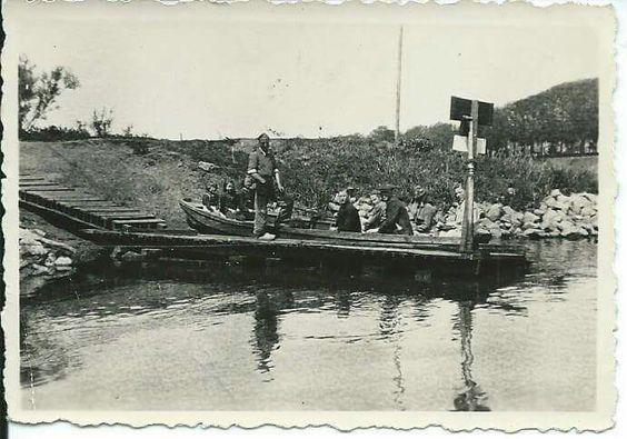 Voetveer Deventer - Worp.  Na 1945