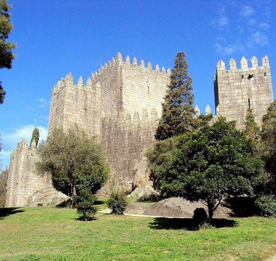 Castelo Medieval de Guimarães - Portugal