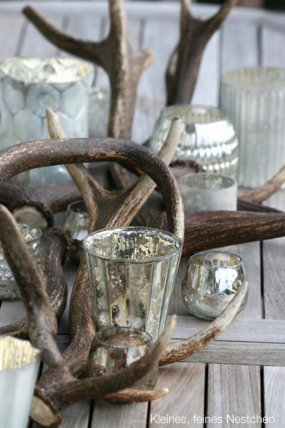Decoration with deer antlers i 39 ve always loved using for Antlers decoration