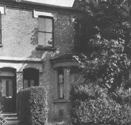 Battersea, England (1928) The Robinson family lived in a small Victorian house in Lavender Hill, Battersea in London & became the focus of an outbreak of apparent poltergeist phenomena which included pieces of coal & pennies thrown at the conservatory roof, hot cinders being deposited in an outhouse, loud banging noises heard throughout the house, windows smashed & furniture overturned and broken.