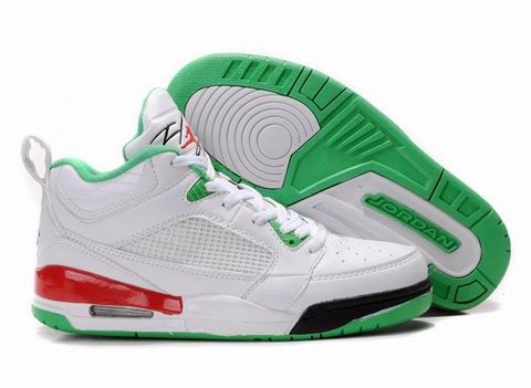 $89.00 Air Jordan Flight 9 Womens - White Red Green is a performance basketball shoe that was inspired by the Air Jordan Flight Series