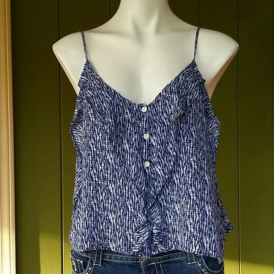 NWT beautiful Blue Summer Top Blue top adjustable straps light weight. Aeropostale Tops