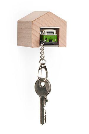 garage inkl vw bus samba gr n schl sselanh nger. Black Bedroom Furniture Sets. Home Design Ideas