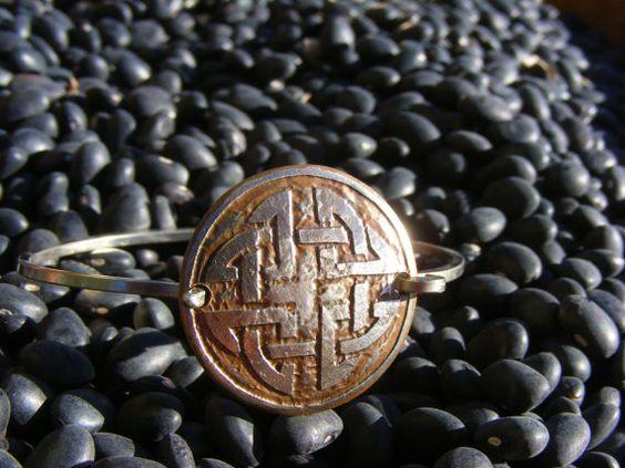 Keltische Knoten Armband. Geätzte Münze Armband aus ein Viertel. Irische Armband