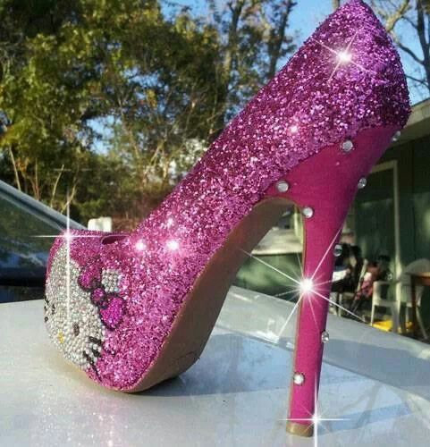 Hello kitty pink diamond heels | shoes | Pinterest | Diamond, Shoe ...
