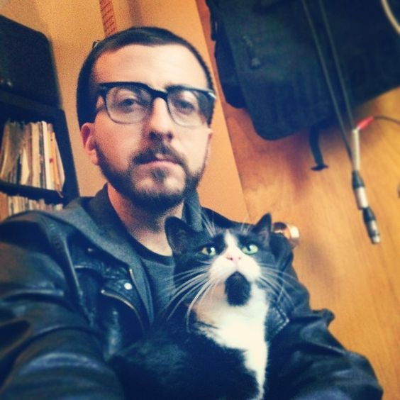 """Soul Khan again. He posted this photo with the caption """"Thoro"""". I don't know what he means by that but maybe it's the cat's name. Great cat though, aesthetically speaking."""