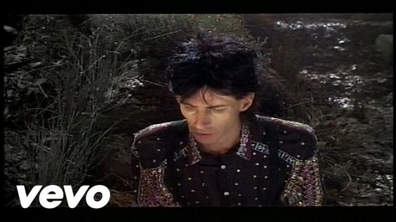 Ric Ocasek - Emotion In Motion  Gorgeous track from the ex front man and one the founders of the pop rock group 'The Cars'.