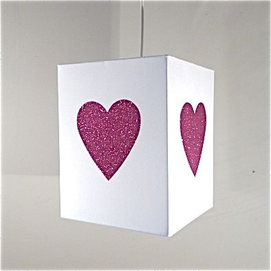 lustre blanche coeur paillettes fuchsia luminaire. Black Bedroom Furniture Sets. Home Design Ideas