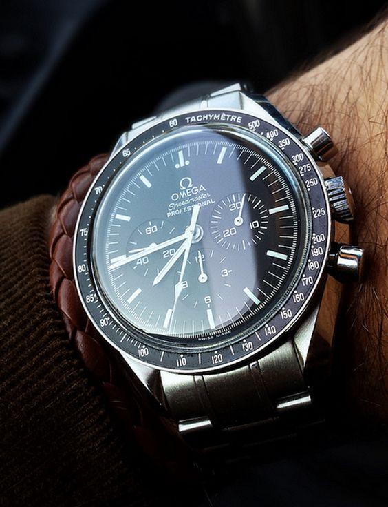 #Omega speedmaster professional #moonwatch #chronograph