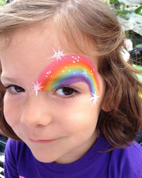 Regenbogen im Gesicht