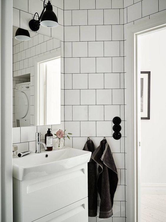 Kakel   litet badrum