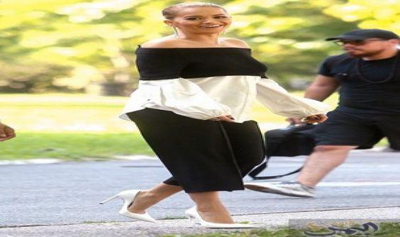 البريطانية ريتا أورا تبرز في بدلة باردو…: تعد ريتا أورا واحدة من أكثر النجوم الأكثر أناقة في الوسط الفني، وأثبتت أنها لا تستطيع الابتعاد عن…