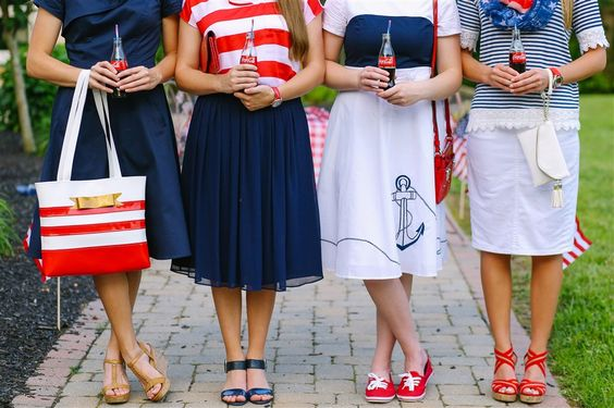 Independence Day InspirationFive Ways To Wear ChambrayWelcome to C Fam Sisters!: