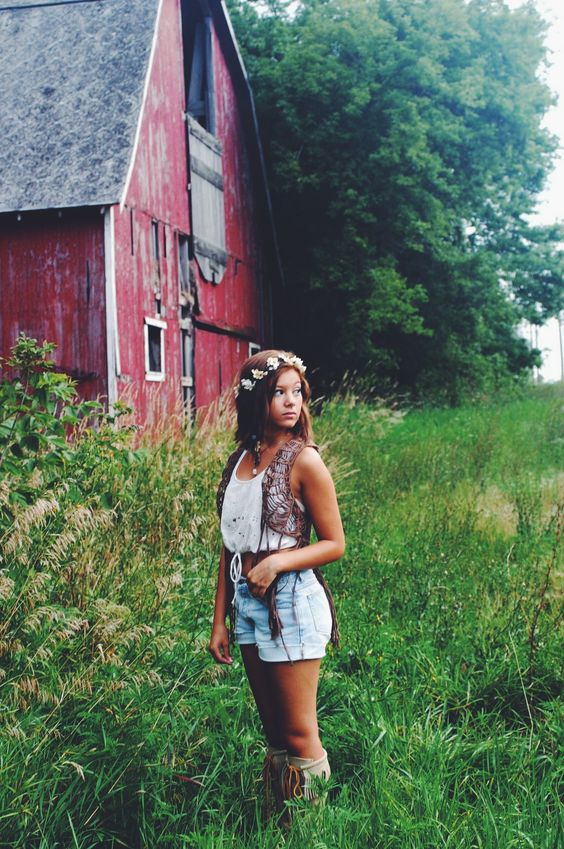 Senior picture pose / idea #gabrielledaylorphotography