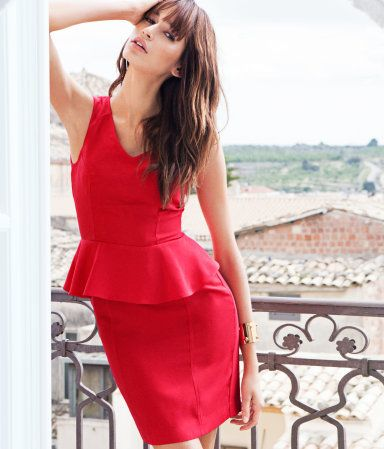 Sexy red dress - exposed zipper - H $49.95