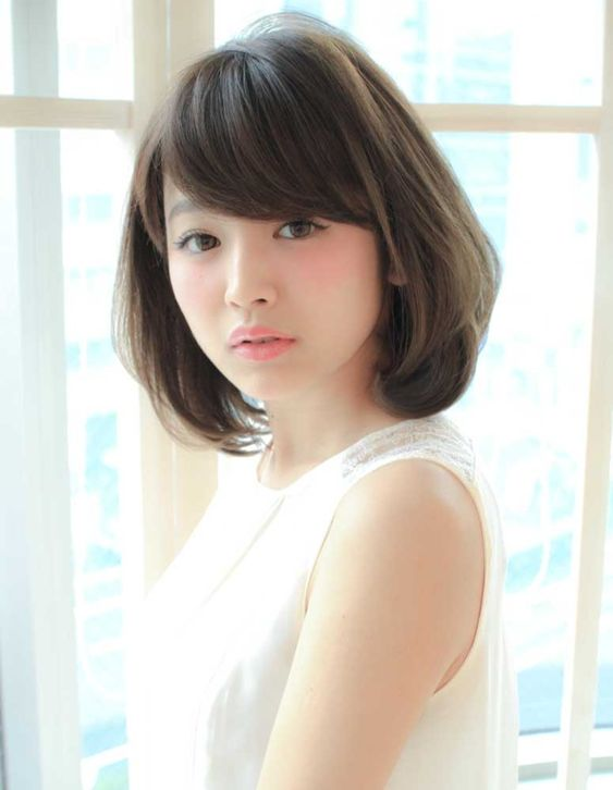 大人可愛くミディアムレイヤー(SY-245) | ヘアカタログ・髪型・ヘアスタイル|AFLOAT(アフロート)表参道・銀座・名古屋の美容室・美容院