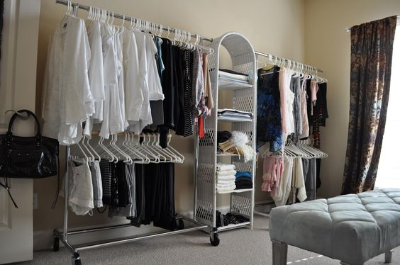 convert spare bedroom into a dressing room