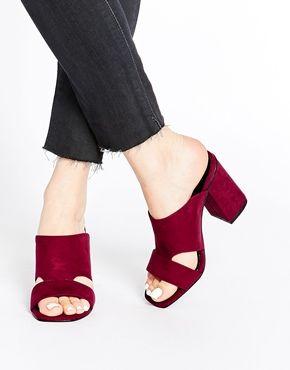 Top Mule Sandals