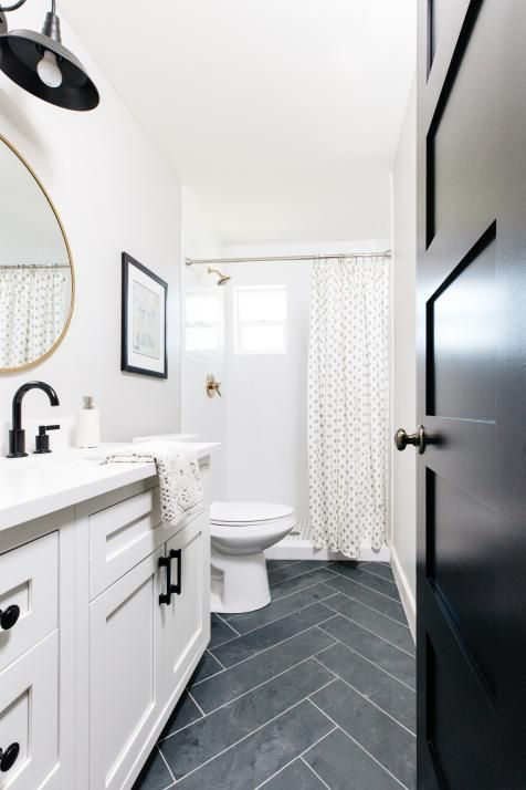 Transitional Bathrooms Pictures Ideas Tips From Hgtv Hgtv In 2020 Neutral Small Bathrooms Small Bathroom Transitional Bathroom
