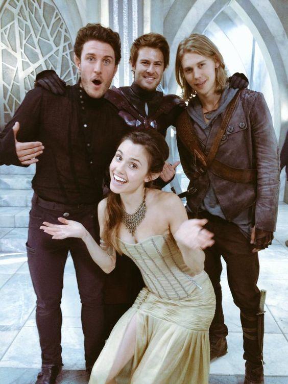 Love the cast so much , the Shannara chronicles X