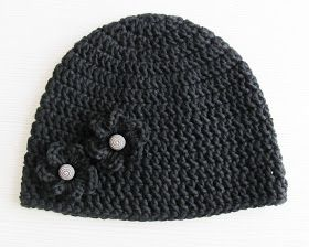 Lina's Land: Embellished Basic Crochet Beanie