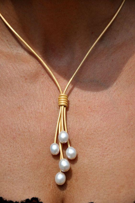 Perla - 5 perla metalizado oro Lariat - collar de cuero y joyas de cuero… …