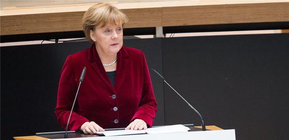 Die Kanzlerin wartet  zum 125. Geburtstag der gesetzlichen Rentenversicherung…