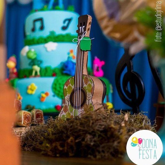 São esses detalhes que encantam www.entrenafesta.com.br By @donafesta #festainfantil #festapersonalizada #festalinda #aniversario #papelariapersonalizada #aniversariodecrianca #aniversarioinfantil fotografia de @estudiojrlima