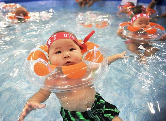 Chinese babies learn to swim