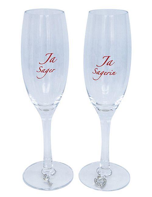 """Sektgläser """"Ja Sagerin"""" und """"Ja Sager"""", um an der #Hochzeit stilecht anzustoßen und als schöne Erinnerung für später ... #wedding #Sekt"""