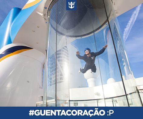Quem aí tem coragem suficiente pra encarar esse simulador de paraquedismo no Quantum of the Seas?