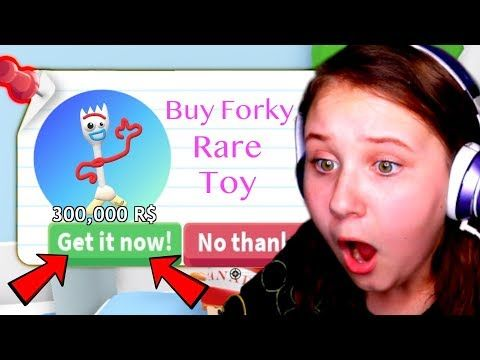 Forky From Toy Story 4 Found In Roblox Adopt Me Pets Youtube