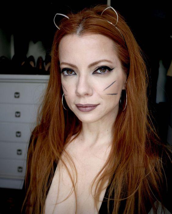 Julia Petit maquiagem simples de gatinha para Whiskas: