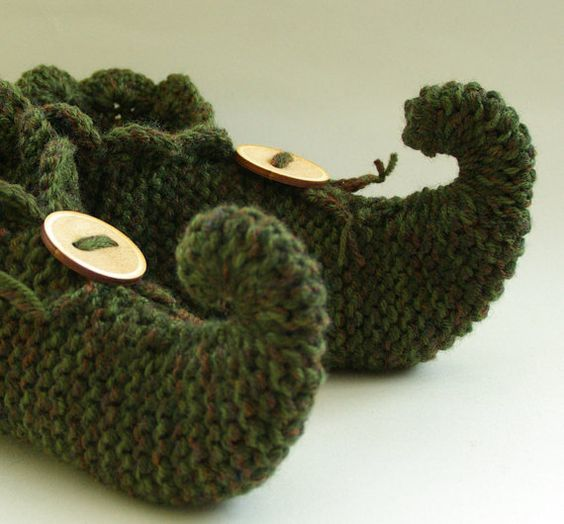 knitted slippers, pixie slippers, elfin slippers, jester slippers, genie slip...