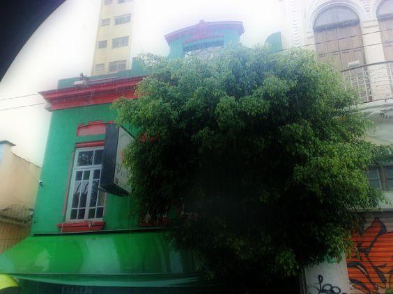 casa de Oswald de Andrade, na rua Augusta.Hoje funciona uma cantina  na casa.