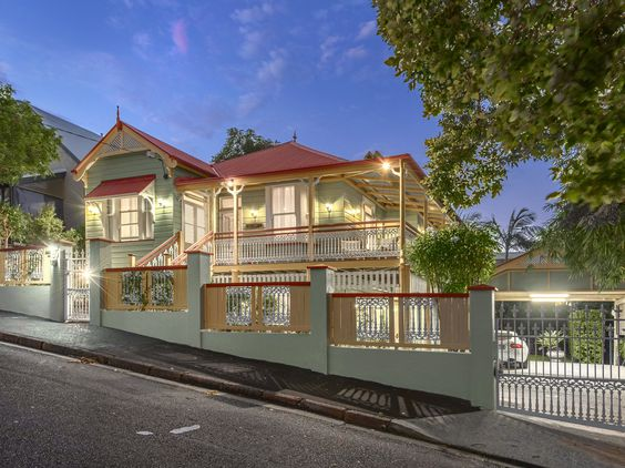 ARTICLE: From cheap housing to beloved architecture, the enduring appeal of the Queenslander