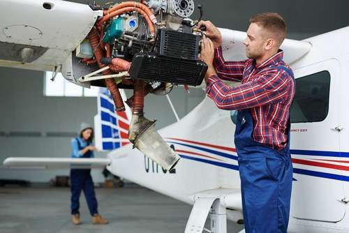 Attend An Aeronautics School And Become An A P Technician Spartan College Of Aeronautics And Technology Aircraft Mechanics Aviation Technology Aircraft