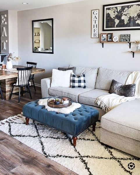A Warm Farmhouse Inspired Living Room Featuring The Delano 2 Piece Sectional Photo Via Belleamourblog Farm House Living Room Living Spaces Furniture Home