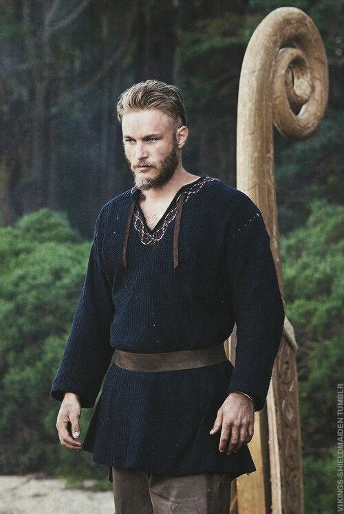 Not bad costume for a TV Viking. The leather ties at the neck are a little off, though (Travis Fimmel as Ragnarr Lothbrok)