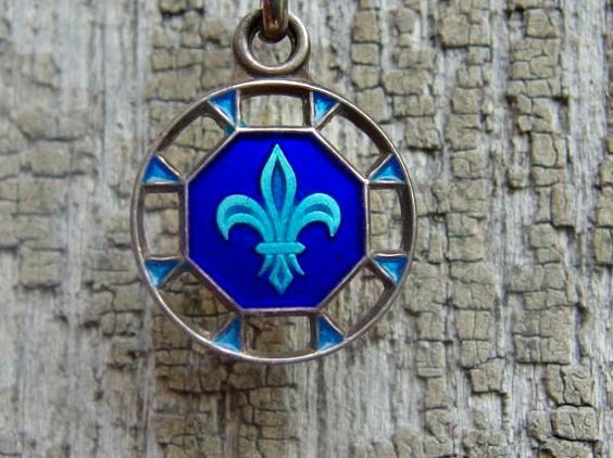 Lovely Silver and Two Tone Blue Enamel Fleur de Lis Necklace with Maker's Mark, 15 Inch Sterling Chain, Gorgeous with No Damage by postGingerbread on Etsy