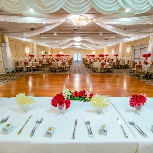 Welcome to the rosegarden bestbanquethall premiere wedding welcome to the rosegarden bestbanquethall premiere wedding reception venues conference exhibition centre in hamilton new jersey we invi solutioingenieria Image collections