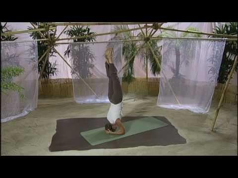 Kopfstand einfach lernen  Yogaist.de  DVD Yoga für Körper Geist &Seele mit Inga Stendel