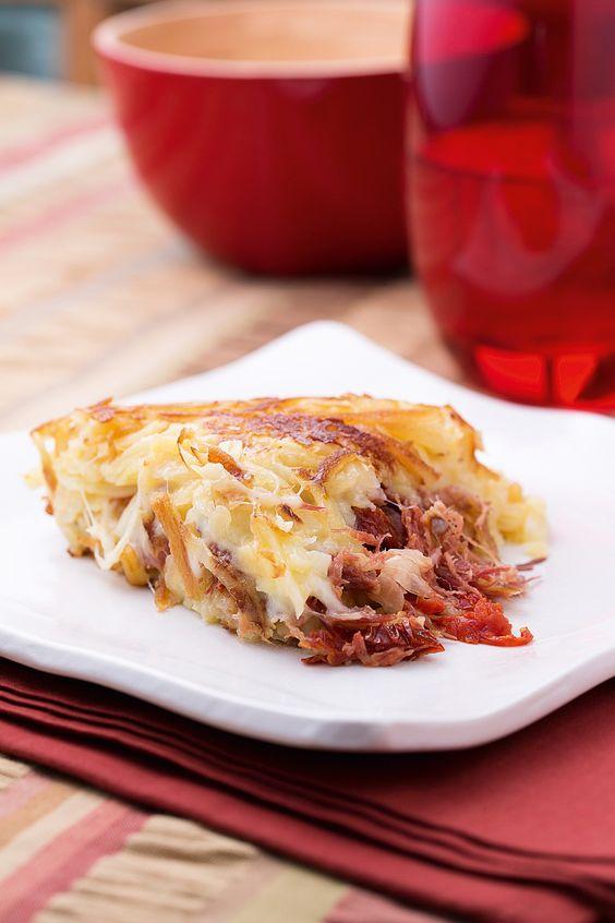4 porções 300 g de batata 50 g de carne-seca desfiada 50 g de mussarela 50 g de mussarela de...
