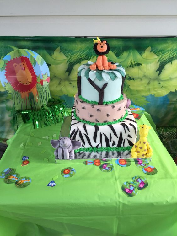 Animal kingdom cake by T&G cakes