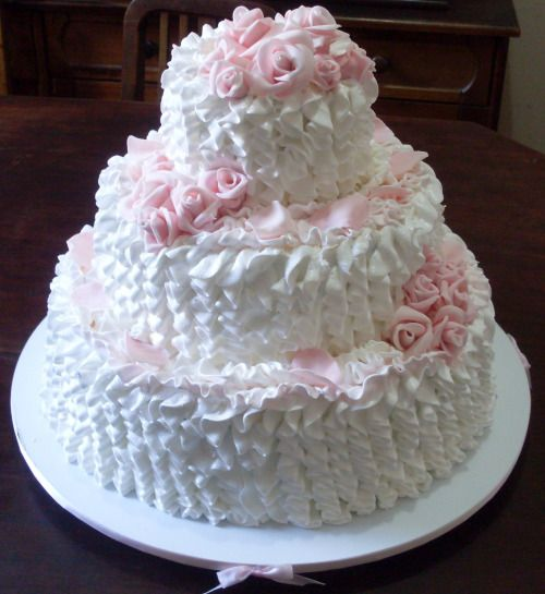 bolo de casamento com marshmallow