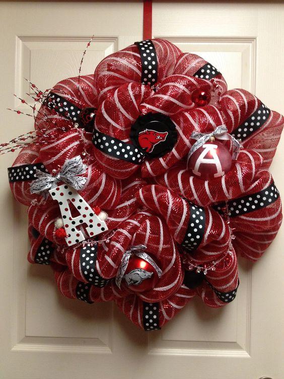 Razorback Wreath By: Heidi Reddell