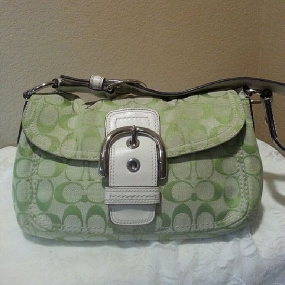 """Coach  F15668 Soho Signature Green Authentic. Pre-owned. Has some staining on top of the flap cover towards the back end. Not very visible when bag is wirn. Please check picture #3 for stain. Still a lot to brag about. L12"""" H7"""" D3"""" Strap drop 8.5: Coach Bags"""